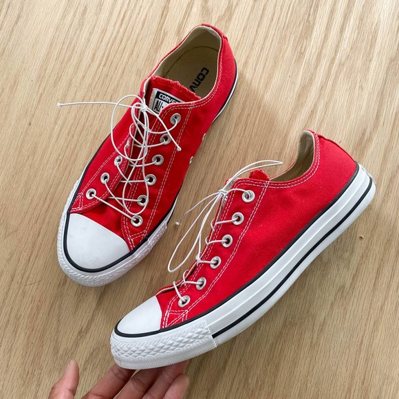 CONVERSE Chuck Taylor Classic Red Shoes M8 W10